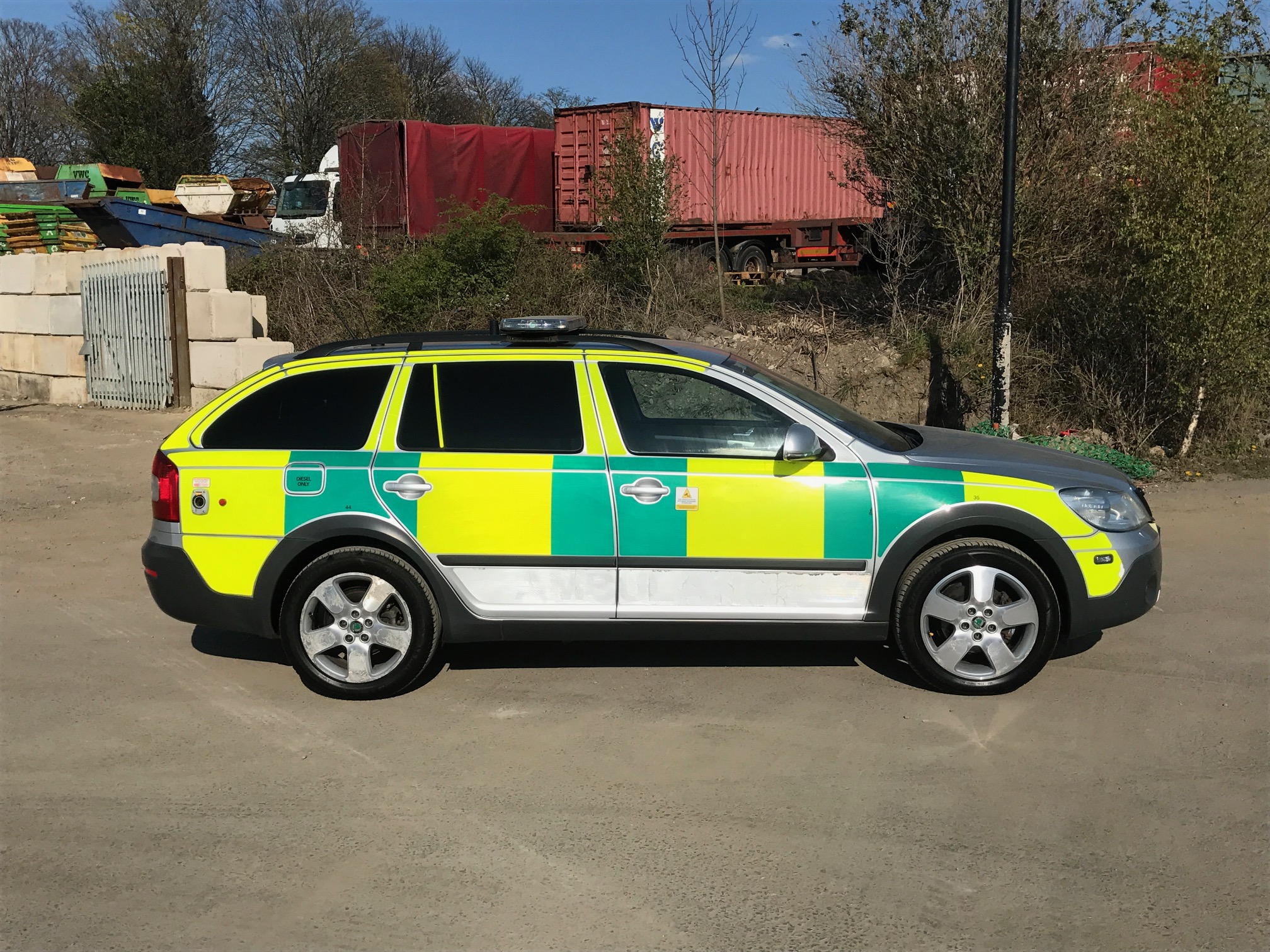 skoda octavia scout 4x4 ambulance trader. Black Bedroom Furniture Sets. Home Design Ideas